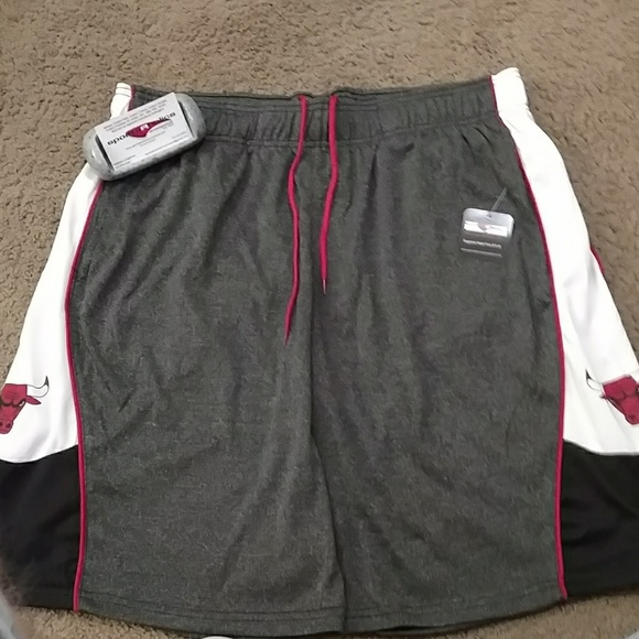 eabcdba2c8e0 Chicago Bulls Basketball Shorts NWT